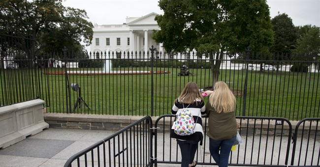Secret Service limits sidewalk access south of White House